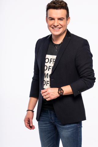 Belutti estreia como apresentador no Arena Brahma