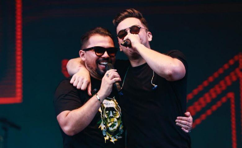 Wesley Safadão e Xand Avião na live Tamo Junto