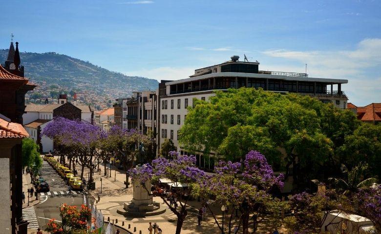 Máscaras implementa o Arquipélago português Madeira