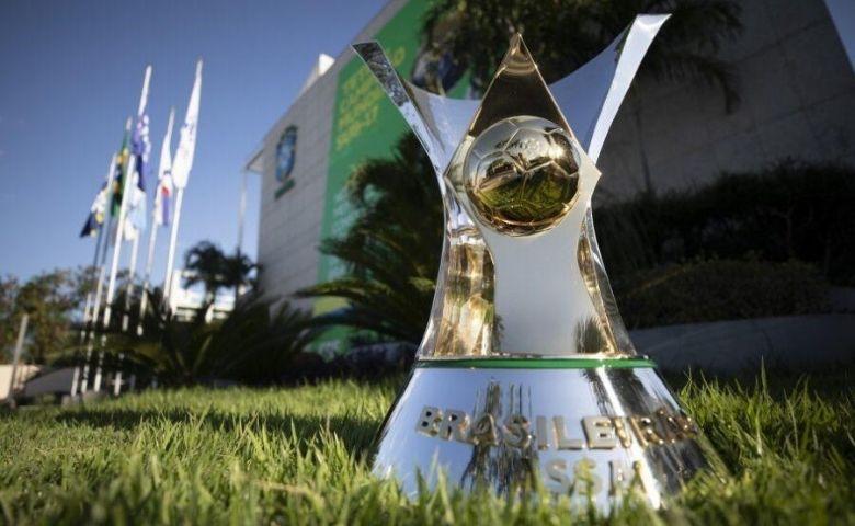 Brasileirão série A retorna neste sábado após três meses atrasado