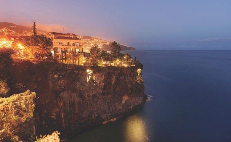 Arquipélago da Madeira destino português em meio ao Atlântico