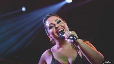 Foto de Destacada pela voz marcante a cantora Giselle Café prepara DVD