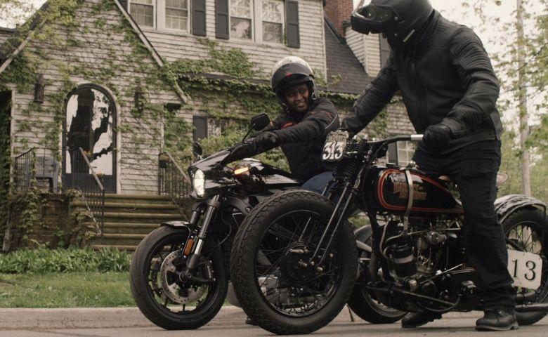 Harley-Davidson e Jason Momoa em parceria durante a pandemia