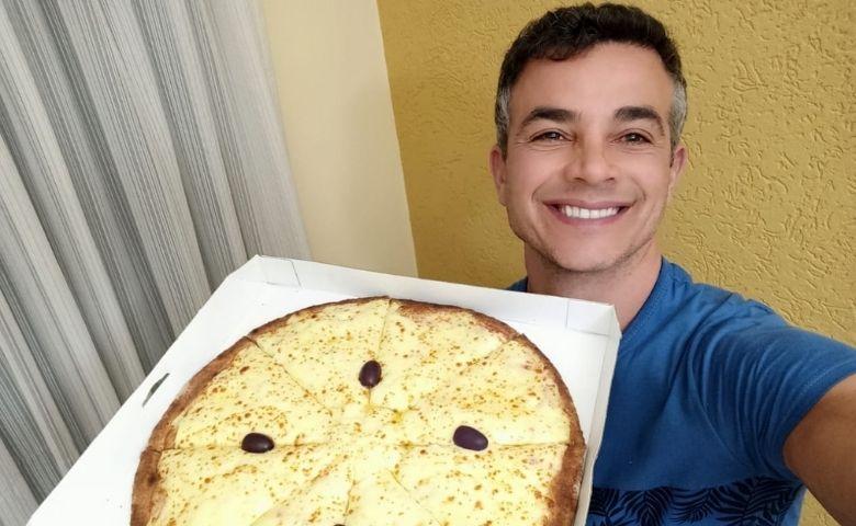Anderson Di Rizzi não esconde a paixão que possui por pizzas
