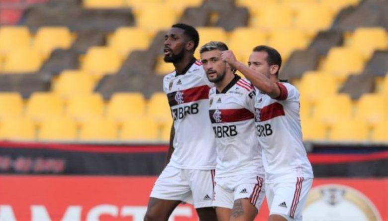 Flamengo dá melhor resposta na Libertadores. Se mantém favorito?