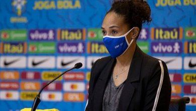 Foto de Despedida de Aline Pellegrino da Federação de Futebol