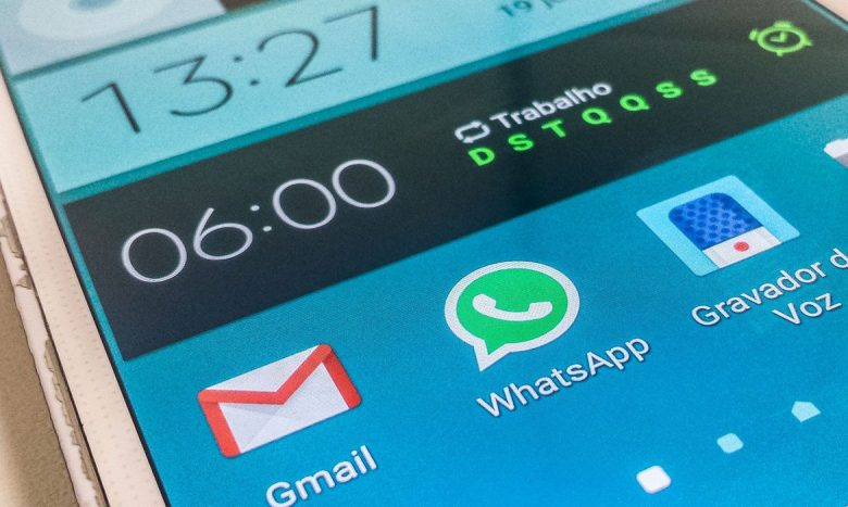 TSE tem canal para denúncia no WhatsApp