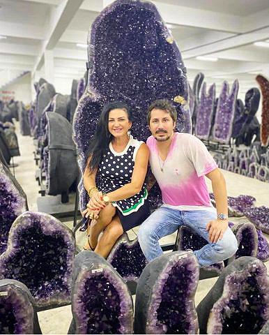 Glauber Serafim e Marlene Lodi lançam joias masculinas